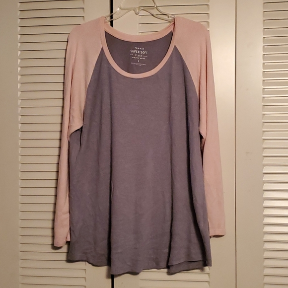 Pink and gray sweater material long sleeve shirt